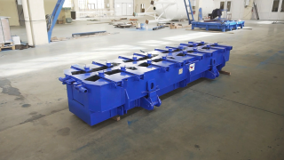 Steel moulds for precast concrete tunnel segments (tubings)