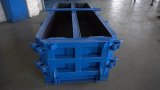 Foundation wall block steel moulds