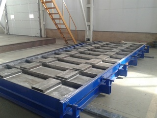 Cunette and channels steel moulds